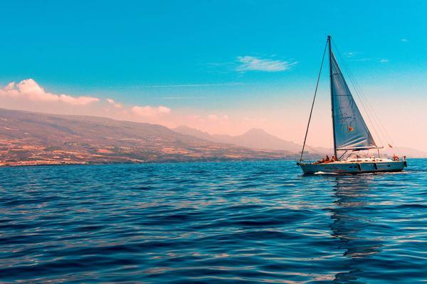 Mơ thấy biển nước mênh mông có ý nghĩa gì ? Nên đánh con gì